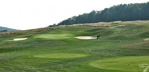 Budowa pola golfowego / galeria pól golfowych - green dołka golfowego nr 4 na polu golfowym Krakow Valley Golf & Country Club.